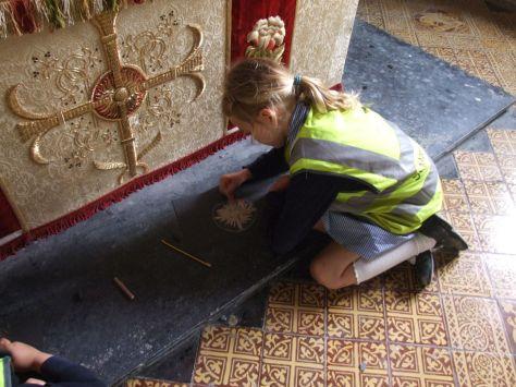 Designing textiles St Saviours Tetbury Yr 2 pupil 40%